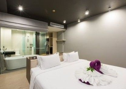 Maya Phuket Hotel