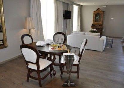 "Mayor Mon Repos Palace ""Art Hotel"""