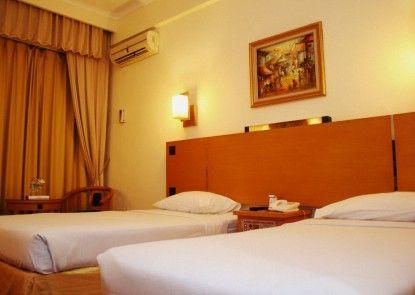 Mega Anggrek Hotel Kamar Tamu