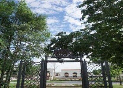 Mela Garden