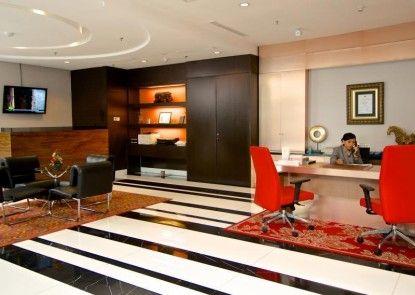 Merlynn Park Hotel Pusat Bisnis