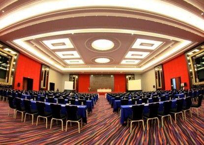 Merlynn Park Hotel Ruangan Meeting