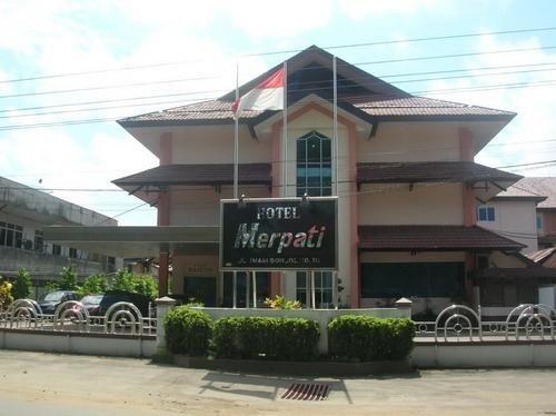 Merpati Hotel, Pontianak