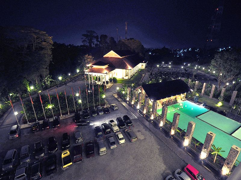 Mesra Business & Resort Hotel, Samarinda