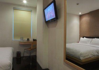M Hotel Jakarta Interior