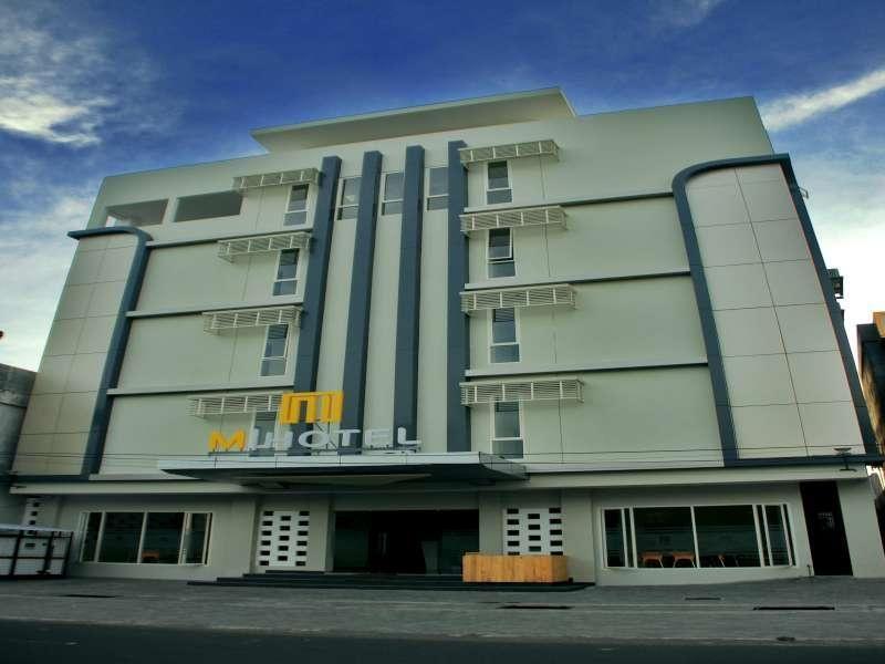 M Hotel Lombok, Mataram