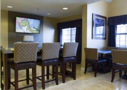 Microtel Inn & Suites by Wyndham Atlanta/Buckhead Area