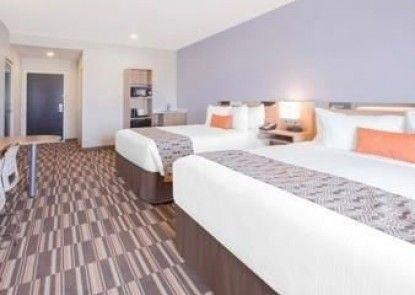 Microtel Inn & Suites by Wyndham Cuauhtemoc