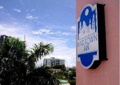 Midtown Inn Miami Hotel Teras