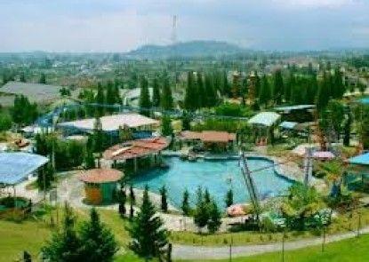 Mikie Holiday Resort Pemandangan