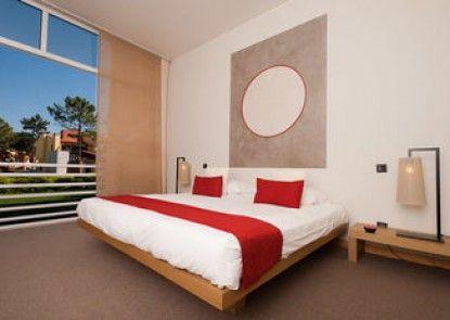 MiraVillas Hotel