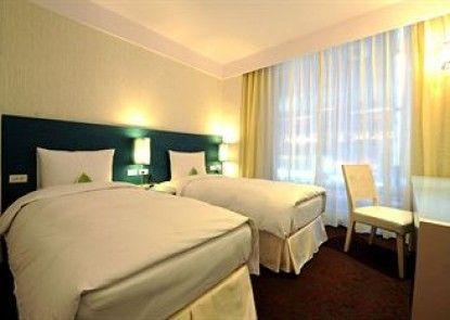 Miyi Hotel