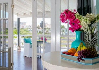 Modern Hotel Aruba
