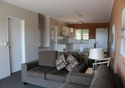 Mollymook Seascape Motel & Apartments - Adults Only
