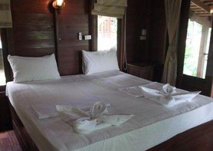 Moon Paradise Resort