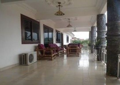Moowal Grand Hotel