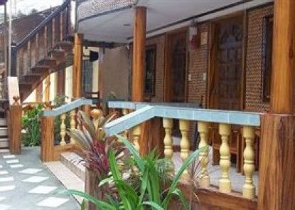 Moreno\'s Cottages