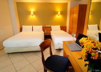 Morfeas Hotel