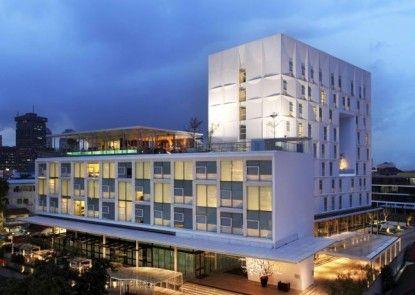Morrissey Hotel Residences Jakarta Eksterior