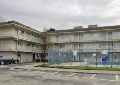 Motel 6 Cincinnati South - Florence Teras