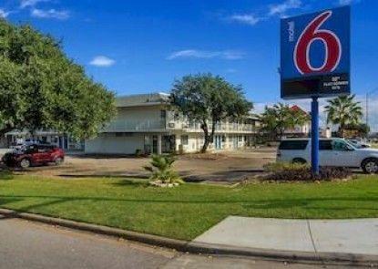 Motel 6 College Station - Bryan Teras