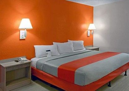 Motel 6 Los Angeles - Harbor City Teras