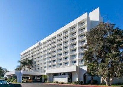 Motel 6 Los Angeles LAX Teras