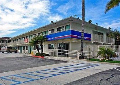 Motel 6 Los Angeles - Whittier Teras