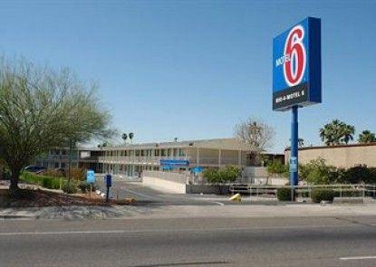 Motel 6 Phoenix Sun City - Youngtown Teras