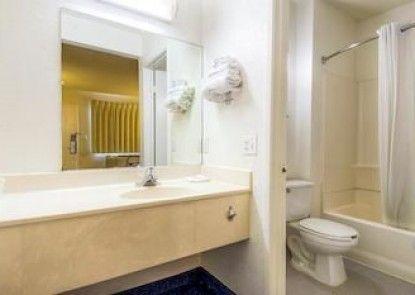 Motel 6 San Diego - La Mesa Teras