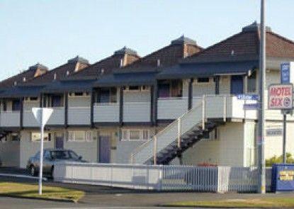 Motel Six Hamilton