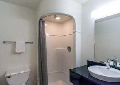 Motel 6 Arcata - Humboldt University