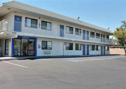 Motel 6 Atascadero