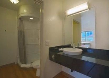 Motel 6 Charleston North SC