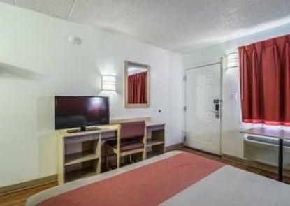 Motel 6 Chicago Southwest - Aurora