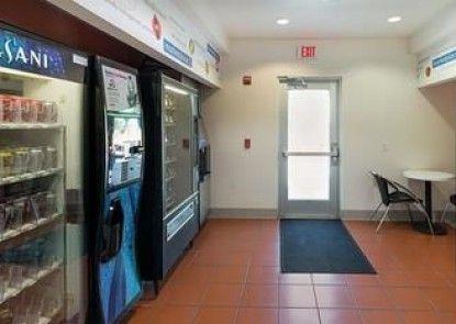 Motel 6 Cleburne