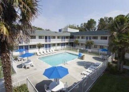 Motel 6 Davis - Sacramento Area