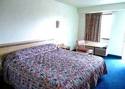 Motel 6 Detroit - East Warren