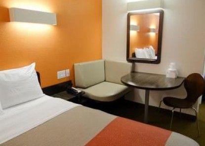Motel 6 Erie PA