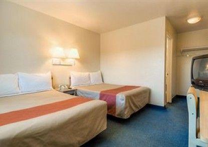 Motel 6 Fontana