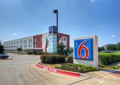 Motel 6 Ft Worth Northlake - Speedway