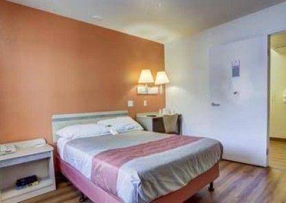 Motel 6 Grants Pass