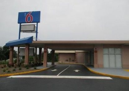 Motel 6 Greensboro NC