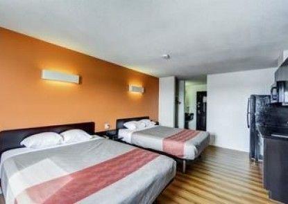 Motel 6 Innisfail AB