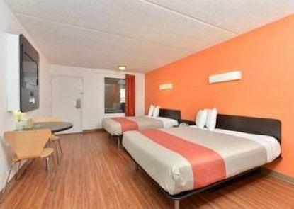 Motel 6 Lake Park Ga