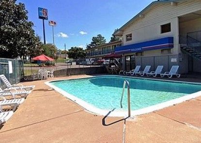 Motel 6 Longview