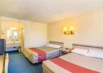 Motel 6 Los Angeles - Van Nuys/North Hills