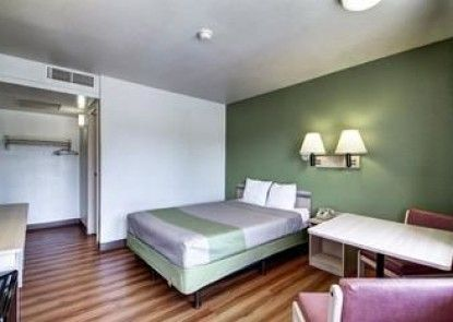 Motel 6 Pocatello