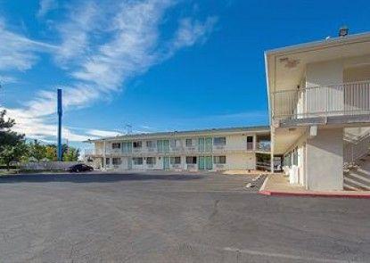 Motel 6 Red Bluff