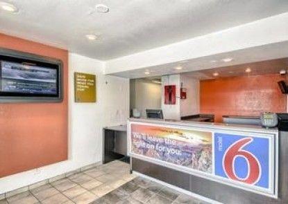 Motel 6 San Antonio East